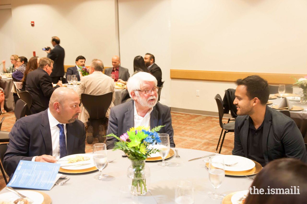 Prof. Jonathan Bloom in discussion at the dinner at Plano Jamatkhana.