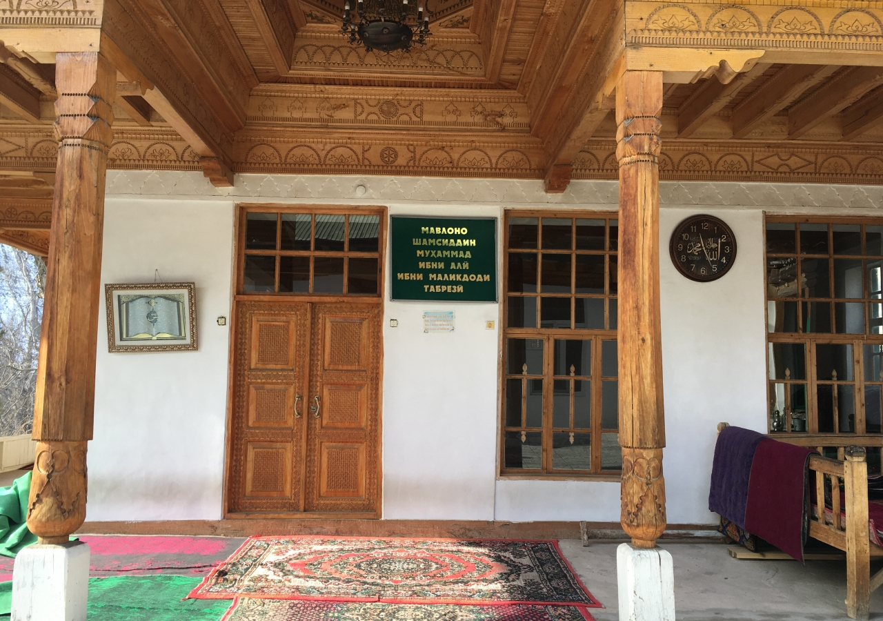 Shams al Tabrizi shrine and mosque refurbished and well looked after by villagers at Veshab village.