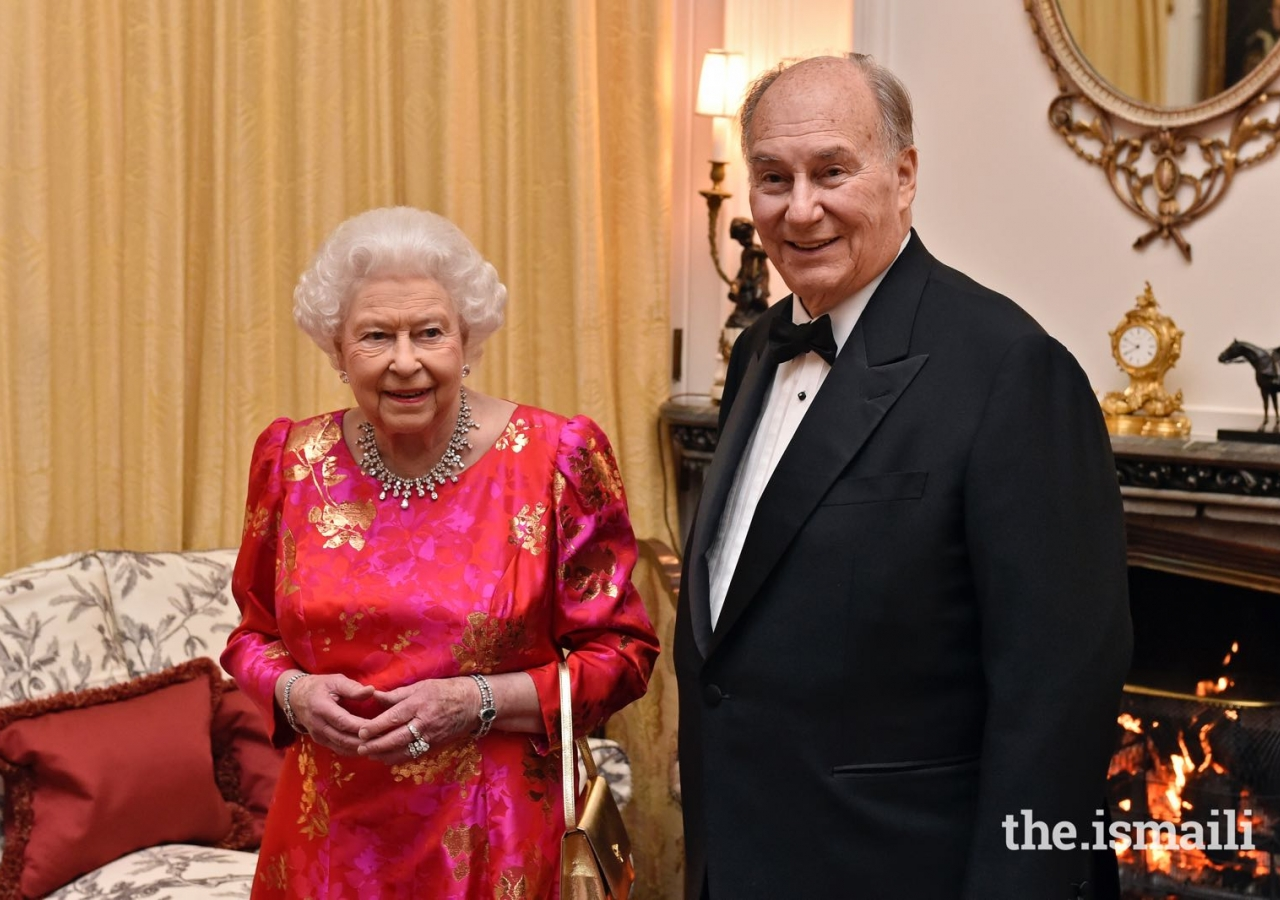 Her Majesty the Queen this evening hosted a dinner at Windsor Castle to mark the Diamond Jubilee of Mawlana Hazar Imam
