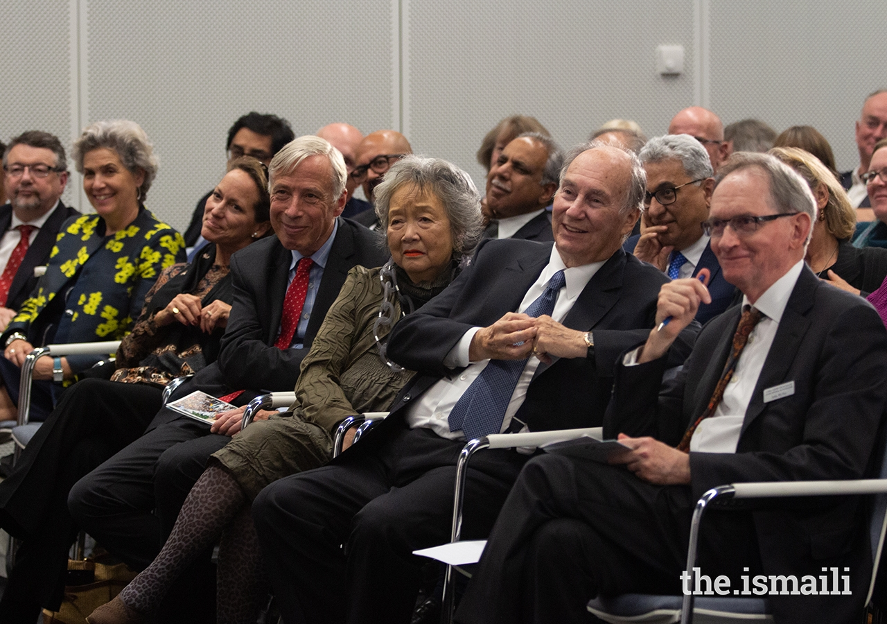 R to L: John McNee, Secretary General of the Global Centre for Pluralism; Mawlana Hazar Imam; The Right Honourable Adrienne Clarkson, former Governor General of Canada; The Right Honourable Earl Howe, Deputy Leader of the House of Lords; Princess Zahra.