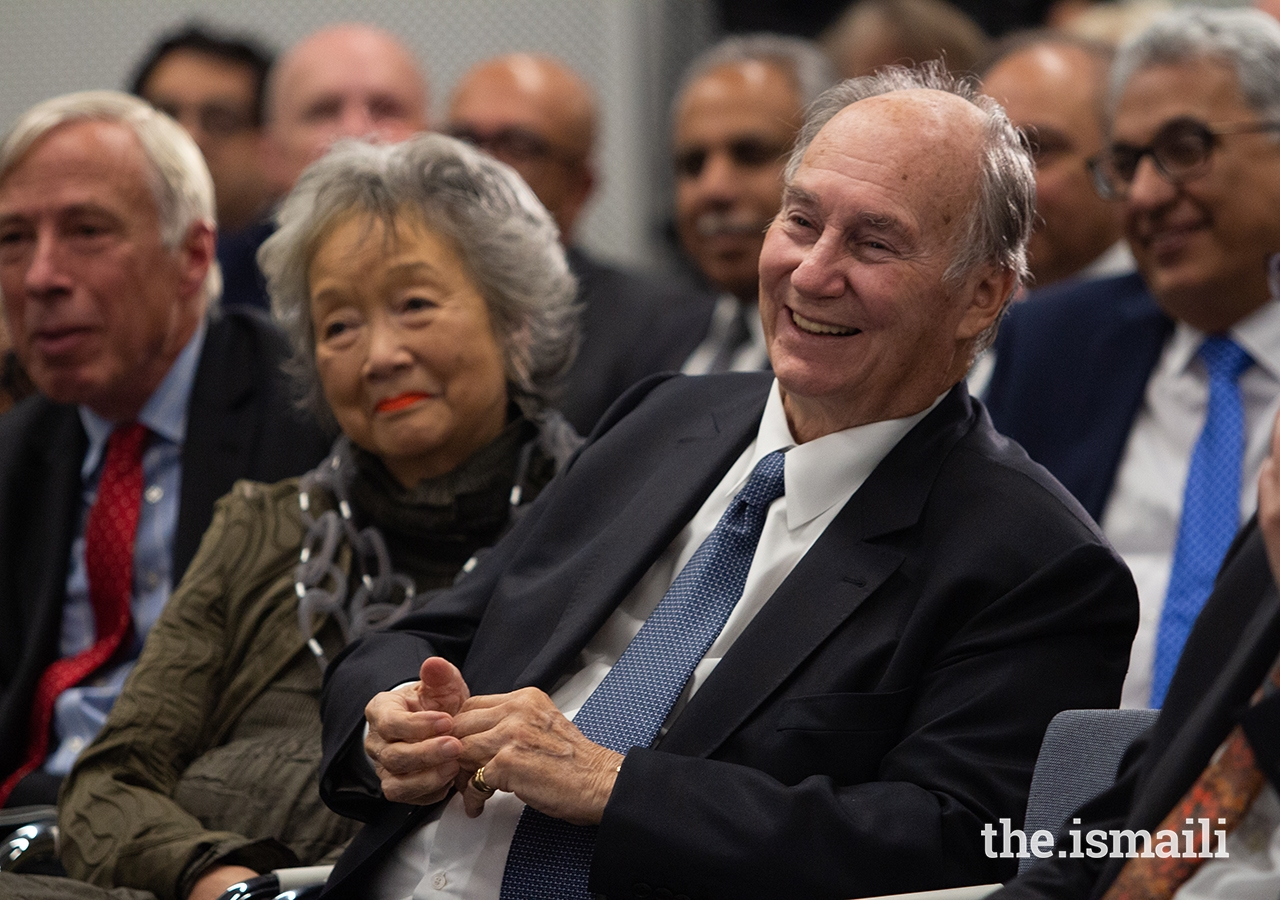 Mawlana Hazar Imam alongside The Right Honourable Adrienne Clarkson, former Governor General of Canada, during the Global Centre for Pluralism's Annual Pluralism Lecture.