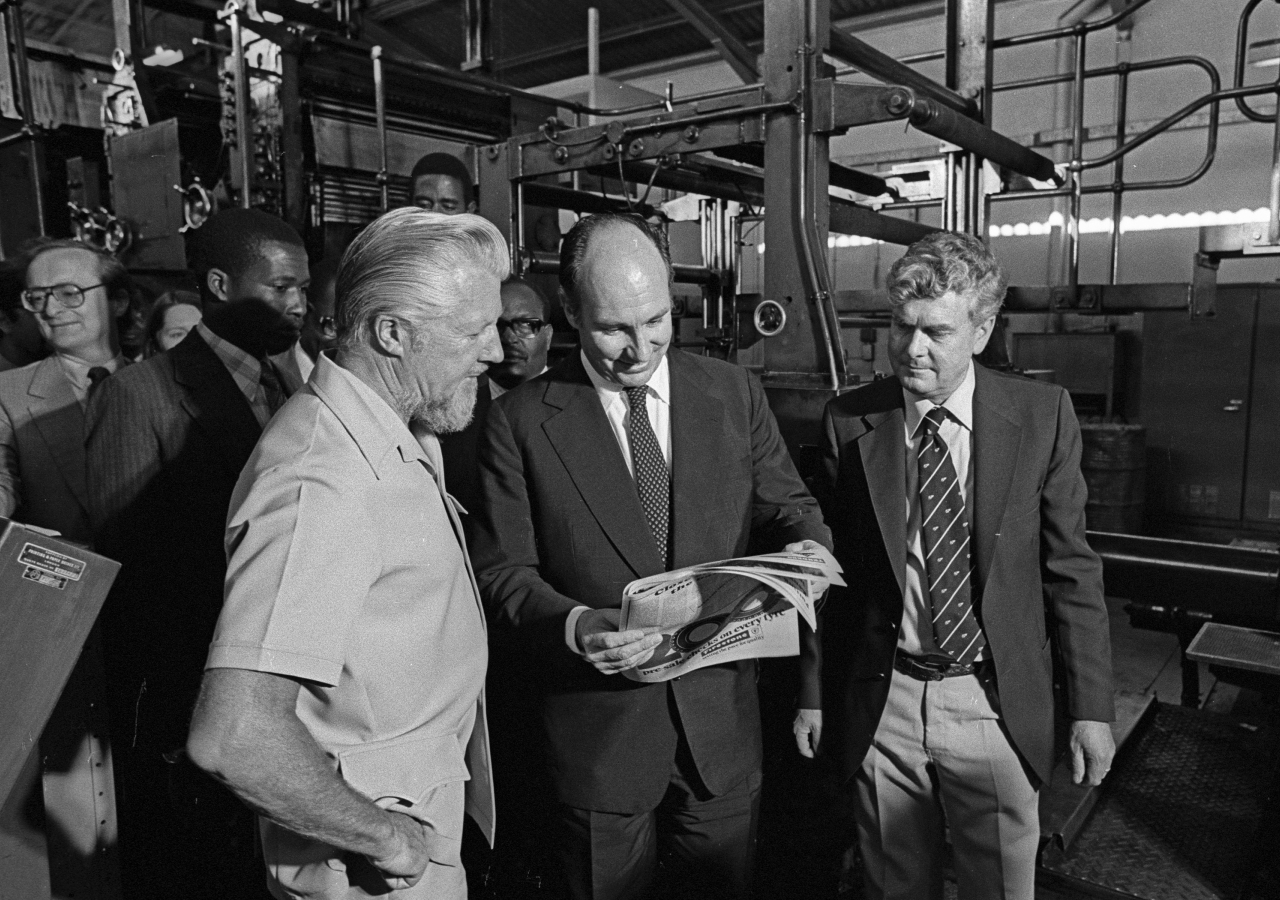 Stan Denman, Managing Director of Nation Printers and Publishers (now NMG), with Mawlana Hazar Imam and Vin Duncan, Production Manager of Nation Newspapers in 1981.