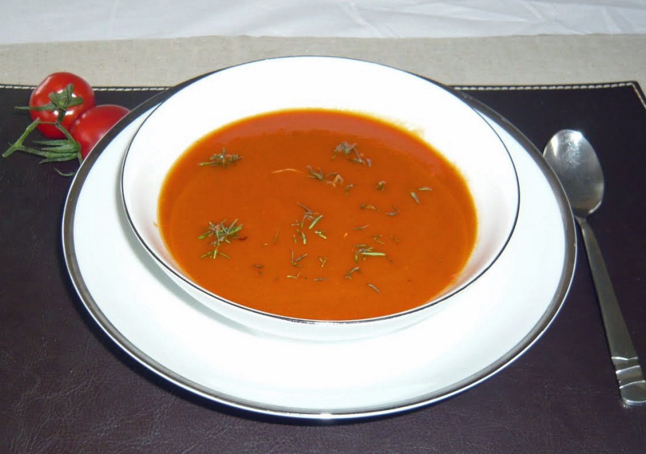 Tomato and Roast Pepper Soup.