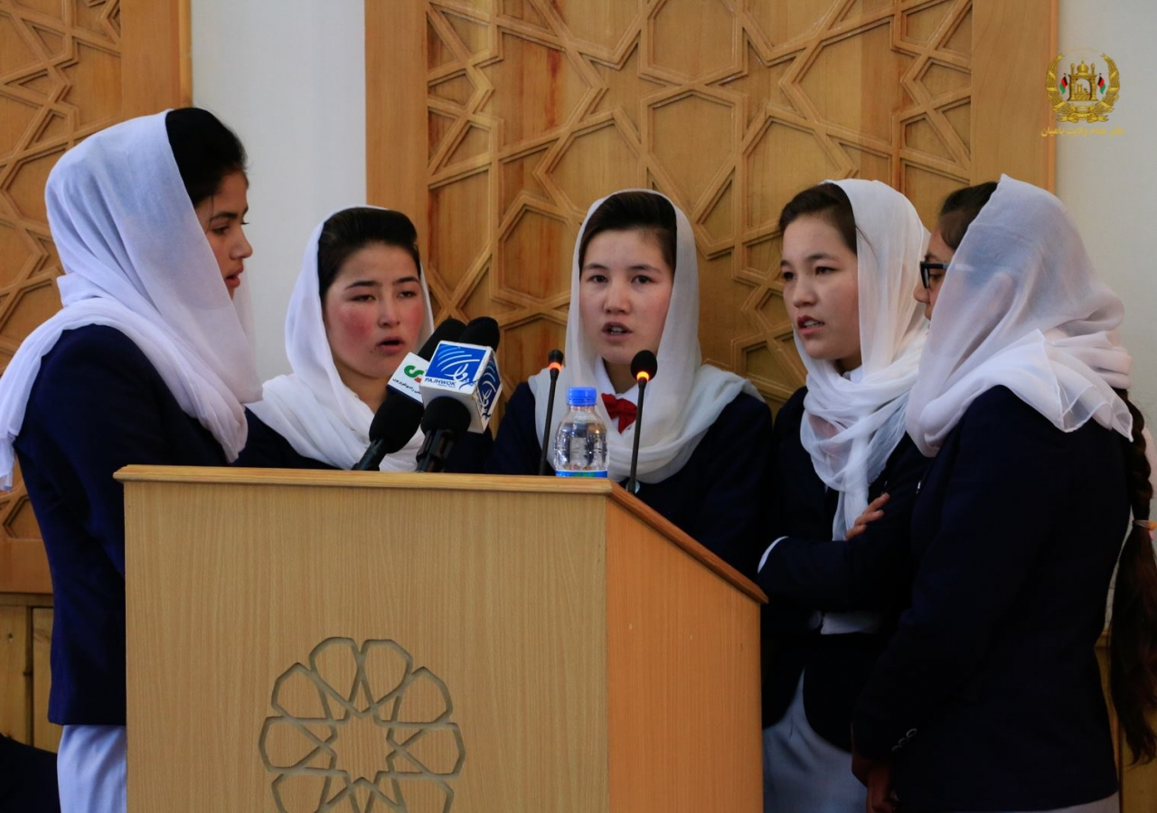 Volunteers from the Bamyan Jamat recite a verse to open the Salgriah celebration.