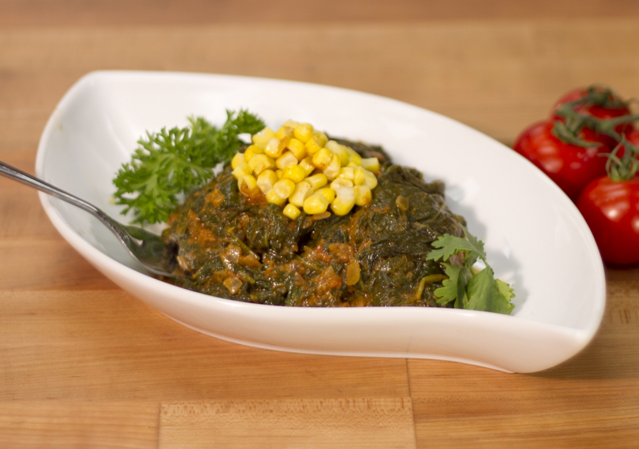 Spinach Curry with Corn