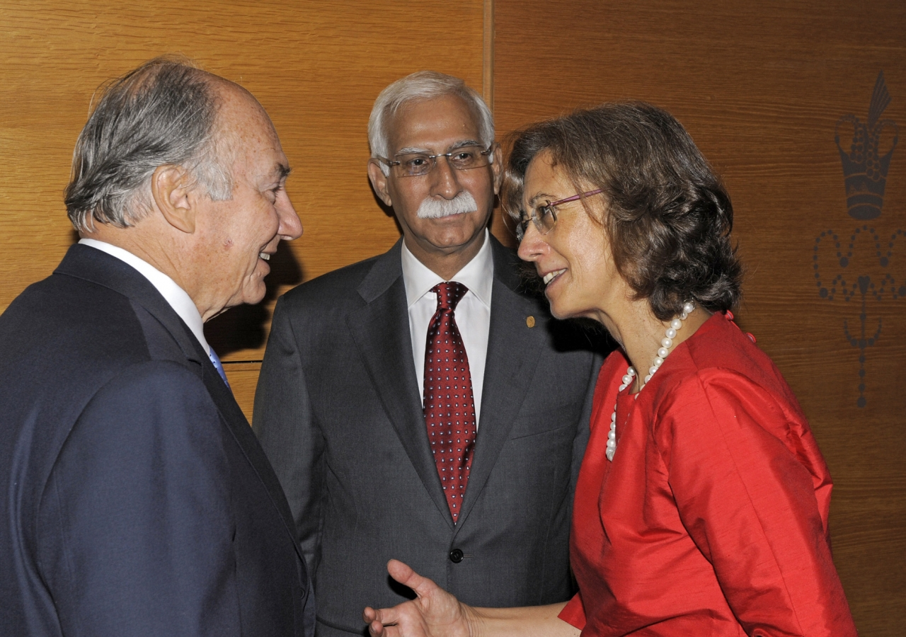 Mawlana Hazar Imam in conversation with the Rector of the Catholic University of Portugal, Dr Maria da Gloria Garcia, and the President of the Aga Khan University, Firoz Rasul, following the signing of a renewed Memorandum of Understanding between the ins