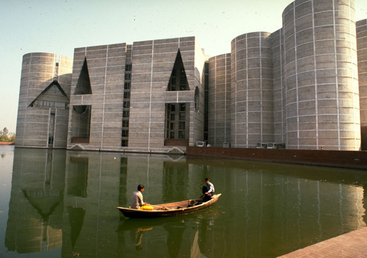 The National Parliament of Bangladesh, designed by Louis Kahn, won the Aga Khan Award for Architecture in 1989. AKTC