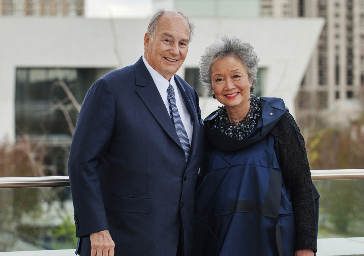 Mawlana Hazar Imam will receive the Adrienne Clarkson Prize for Global Citizenship in Toronto on Wednesday evening, culminating the 6 Degrees Citizen Space 2016 conference presented by the Institute for Canadian Citizenship. Ismaili Council for Canada
