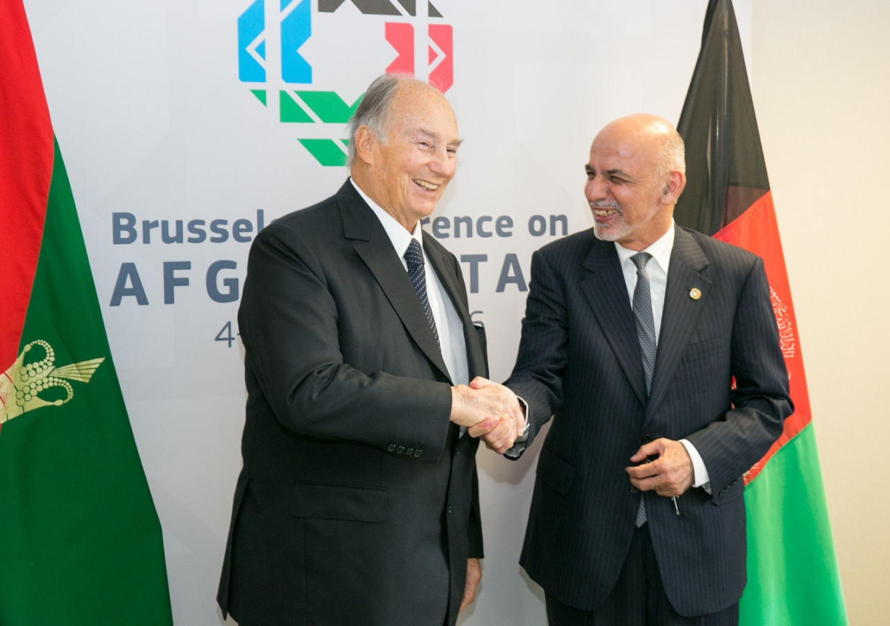 Mawlana Hazar Imam with the President of Afghanistan, Dr Ashraf Ghani, at the Brussels Conference on Afghanistan. AKDN / Anya Campbell