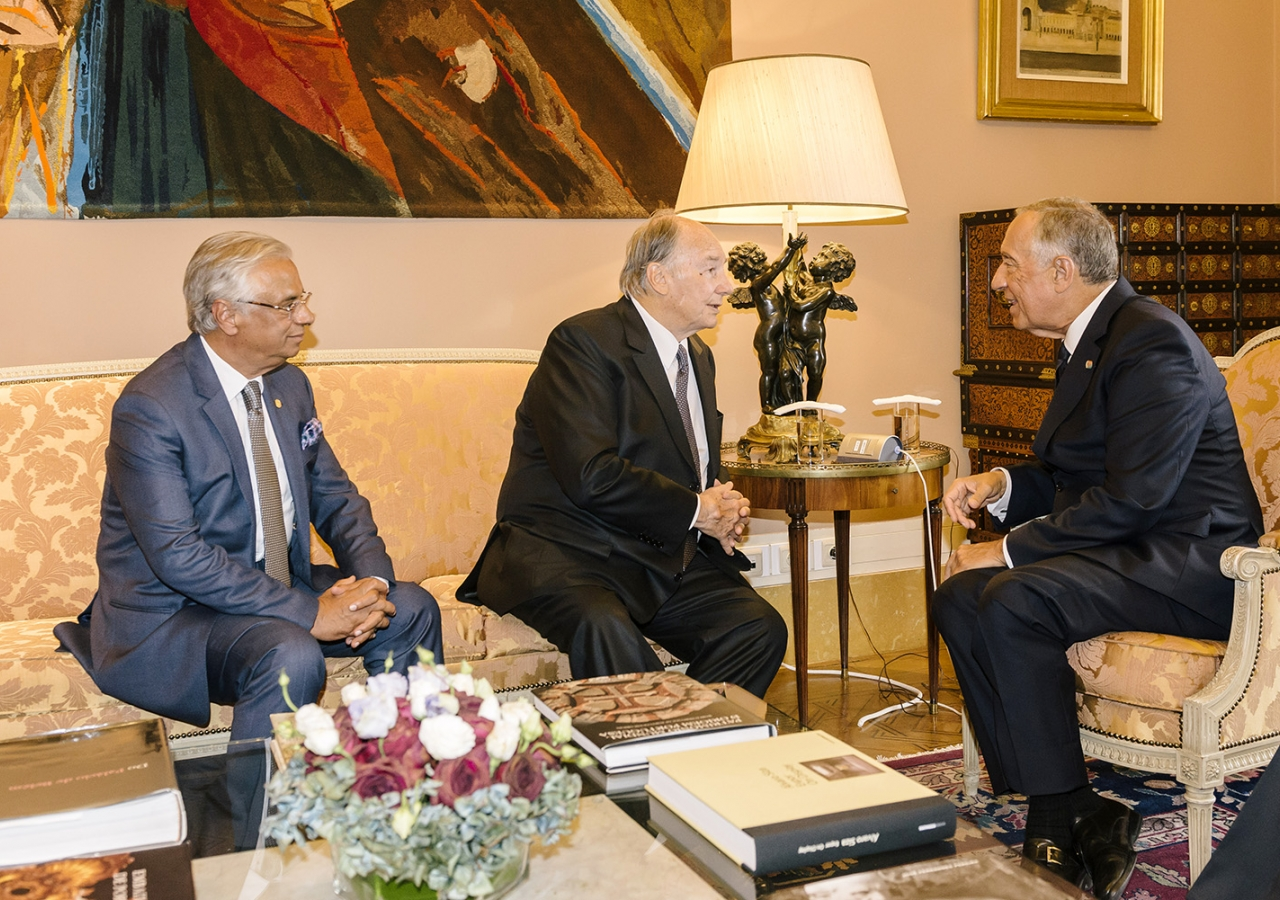 Mawlana Hazar Imam and Portugal's President Marcelo Rebelo de Sousa in conversation at the official residence of the President of the Republic, with Nazim Ahmad, Head of the Ismaili Imamat's Department for Portugal and other Lusophone countries. AKDN
