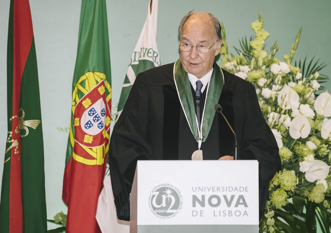 Mawlana Hazar Imam delivers his acceptance remarks upon receiving an Honorary Doctorate from Universidade NOVA de Lisboa. AKDN / Antonio Pedrosa