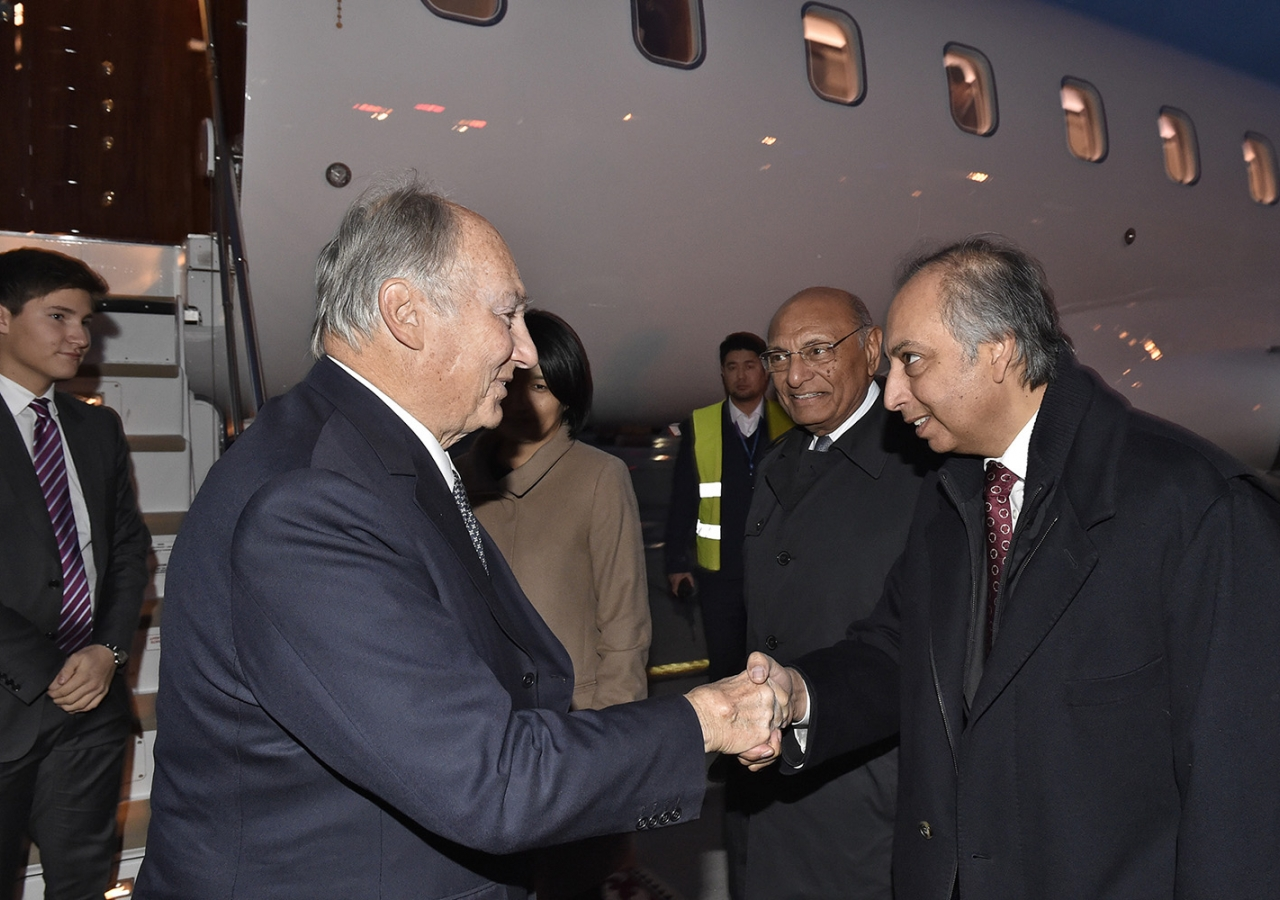 Dr Mahmoud Eboo, Chairman of the Ismaili Leaders' International Forum, welcomes Hazar Imam at the Bishkek Airport. Gary Otte