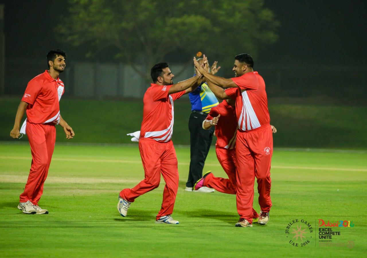 Team India celebrates a breakthrough after getting a Team Pakistan batsman out. JG/Shamsh Maredia