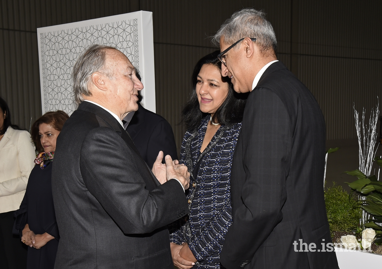 Ismaili Council for Canada President Malik Talib and his wife thank Mawlana Hazar Imam for his visit to Canada before his departure from Montreal.