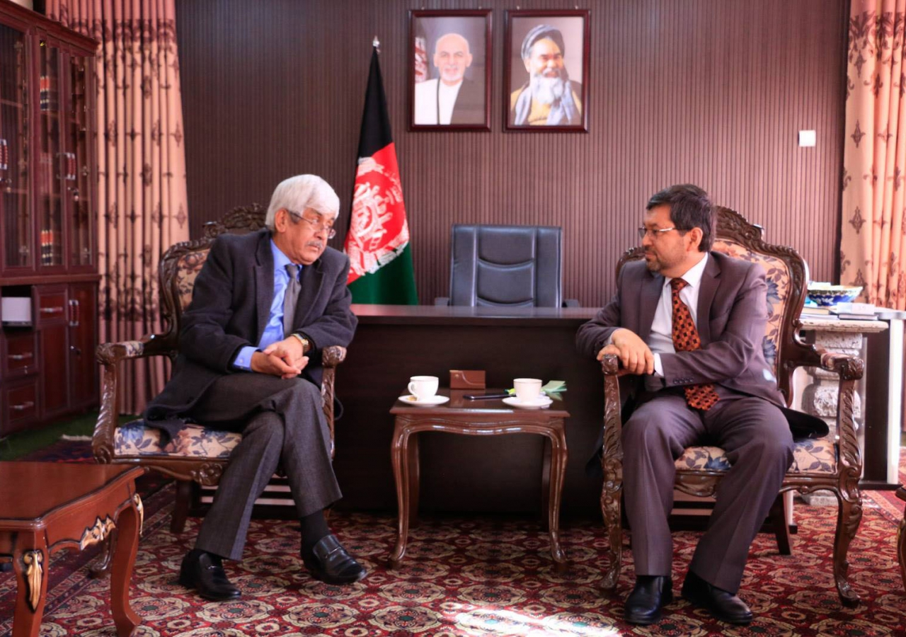 President of the Ismaili Council for Afghanistan Mir Ahmad Joyenda met with the governor of Bamyan in December 2018.