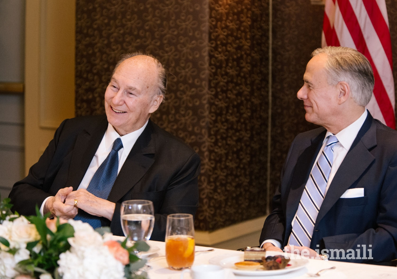 Mawlana Hazar Imam and Governor of Texas Greg Abbott at the luncheon hosted in recognition of the Diamond Jubilee.