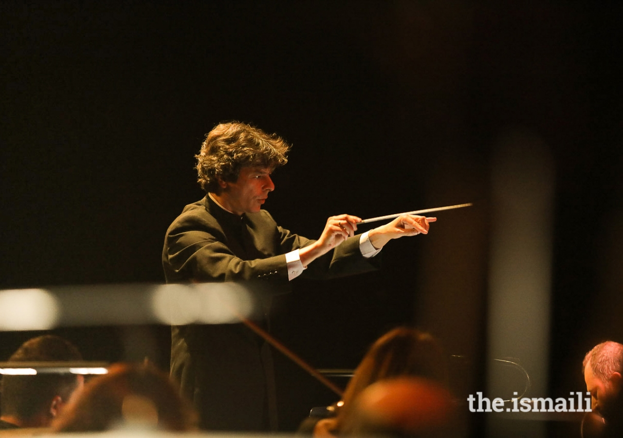 Guest conductor of the Gulbenkian Orchestra, Pedro Neves.