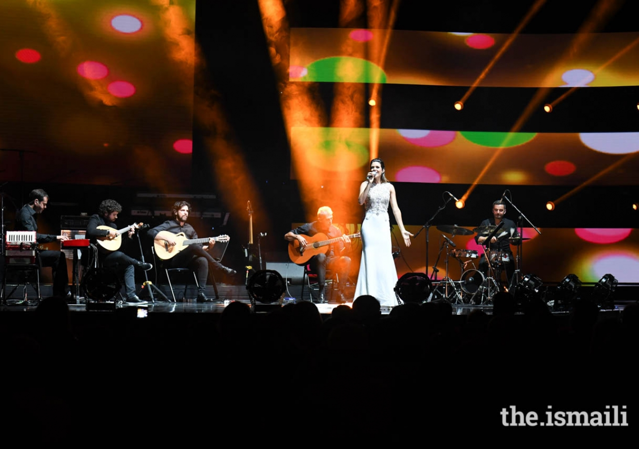 """Portuguese Fado singer Cuca Roseta takes the stage and performs a stirring rendition of """"Tum Hi Ho"""" for the audience at the """"Kings of Rhythm"""" concert in Lisbon."""