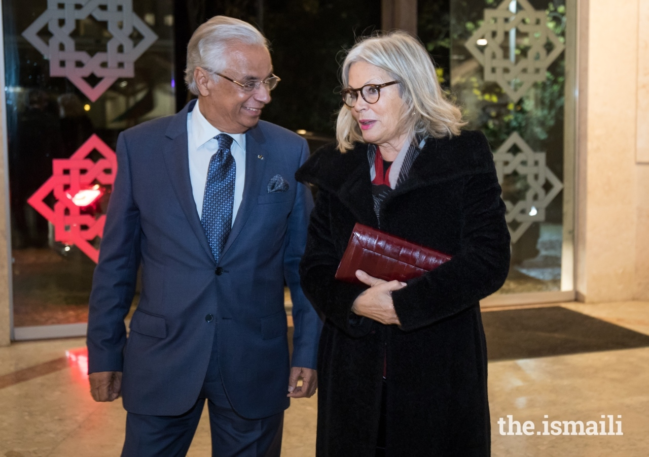 Mrs Edite Estrela, Vice President of the Portuguese Republic Assembly is welcomed to the Ismaili Centre Lisbon by Nazim Ahmad, Diplomatic Representative of the Ismaili Imamat to the Portuguese Republic.