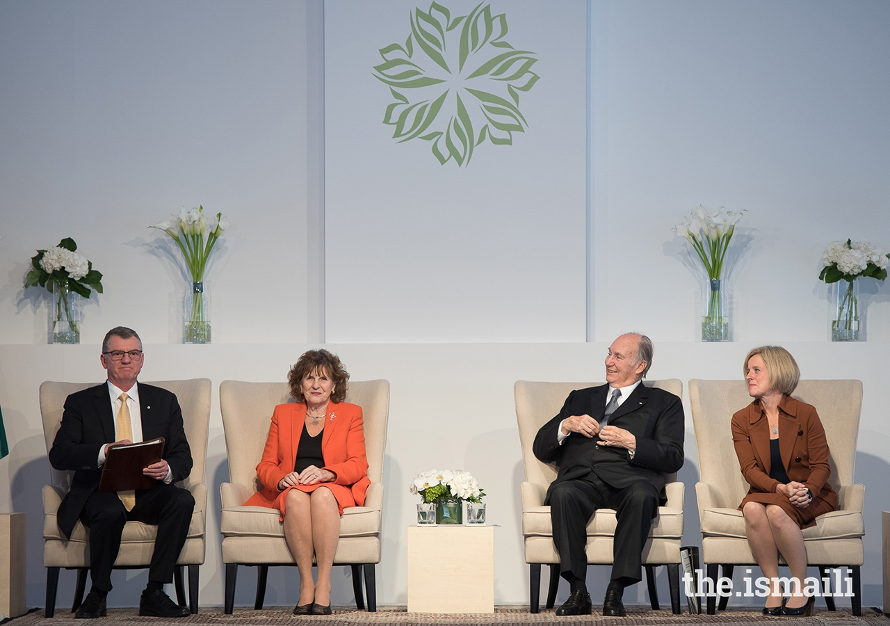 From left: University of Alberta President David Turpin, Lieutenant Governor of Alberta Lois Mitchell, Premier of Alberta Rachel Notley, and Mawlana Hazar Imam preside over the Aga Khan Garden inauguration ceremony.