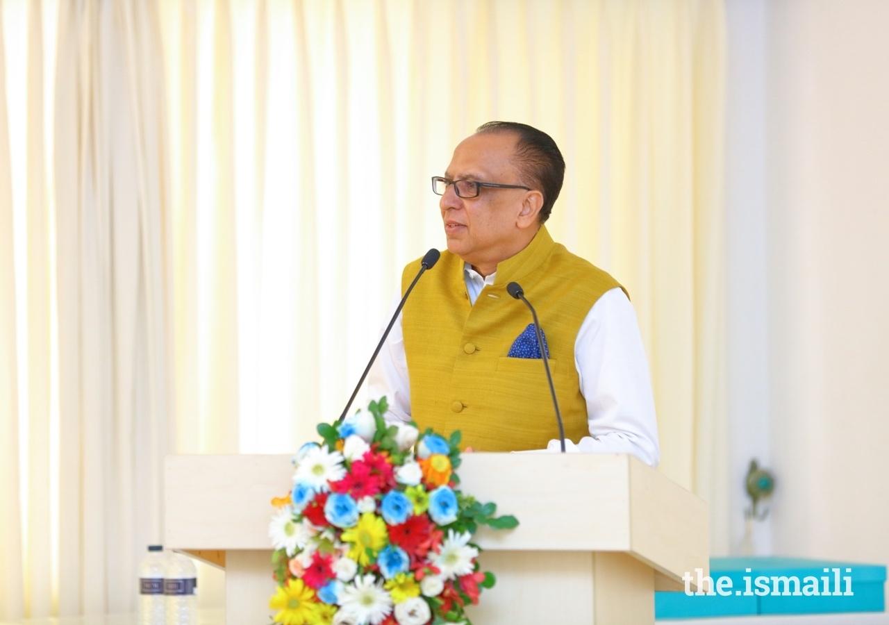 Mr Munir M. Merali, AKDN Resident Diplomatic Representative to Bangladesh, presented the work of the Ismaili Imamat in Bangladesh and around the world.