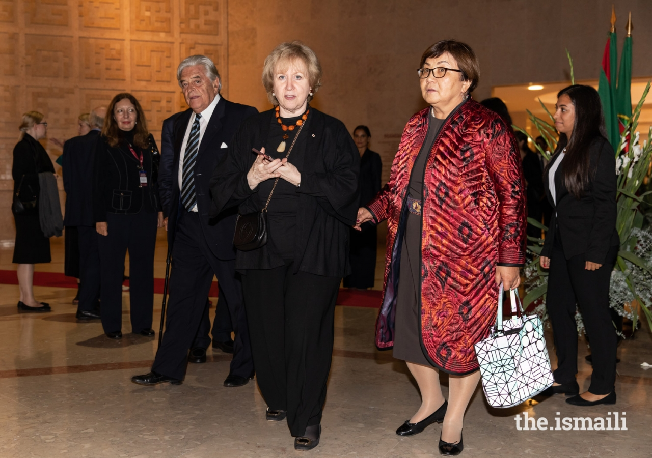 (L to R) Former President of Uruguay Luis Alberto Lacalle, Former Prime Minister of Canada Kim Campbell, and Former President of the Kyrgyz Republic Roza Otunbayeva arrive at the Ismaili Centre Lisbon for the evening reception.