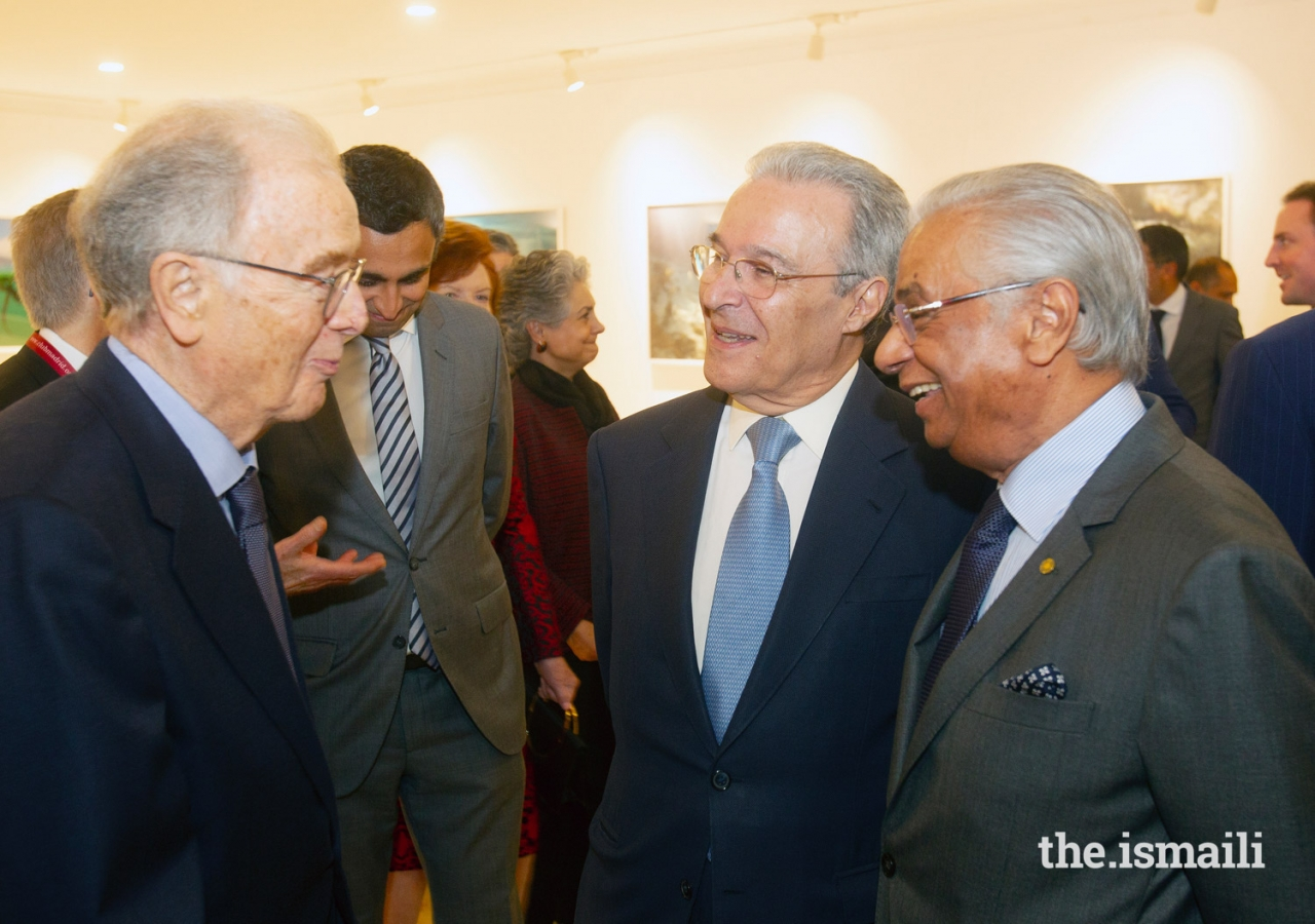Jorge Sampaio, former President of Portugal (left) in conversation with Ambassador Vasco Valente, and Nazim Ahmad, Diplomatic Representative of the Ismaili Imamat.