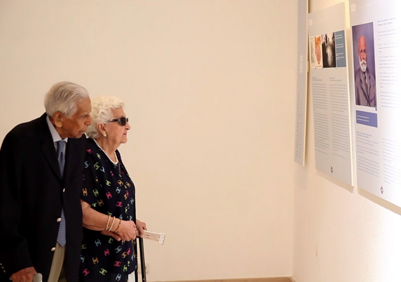 "Rai Saheba Sakina Allibhoy Mahomed, daughter of the founder of Spain Jamat, and her husband Rai Abdulmahomed Allibhoy Mahomed at the exhibition ""100 Años del Jamat de España"". Nadia Silva"