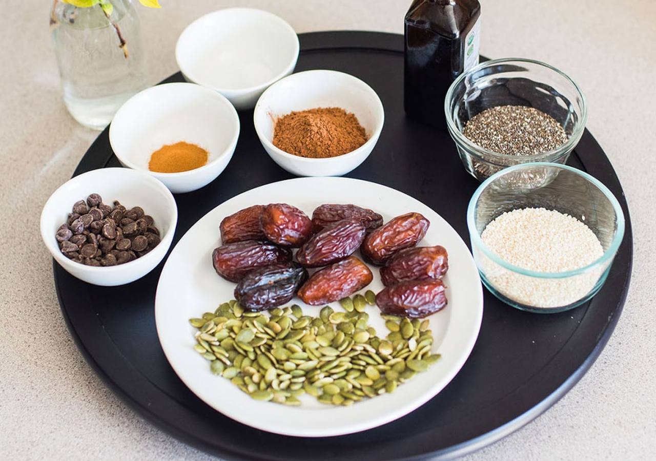 Date and Cocoa Balls Ingredients