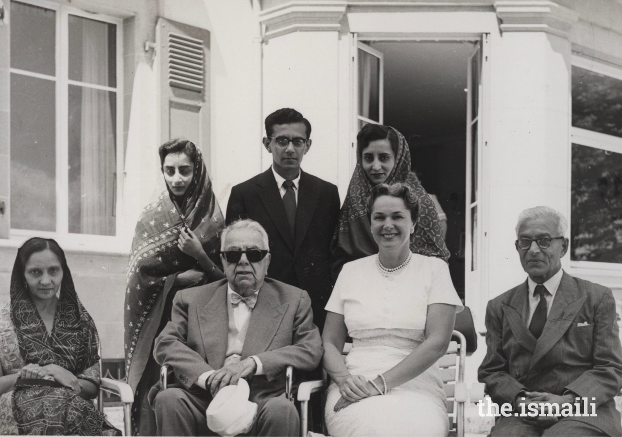 Amina (top left) and her family with Mawlana Sultan Mahomed Shah and Begum Om Habibeh.