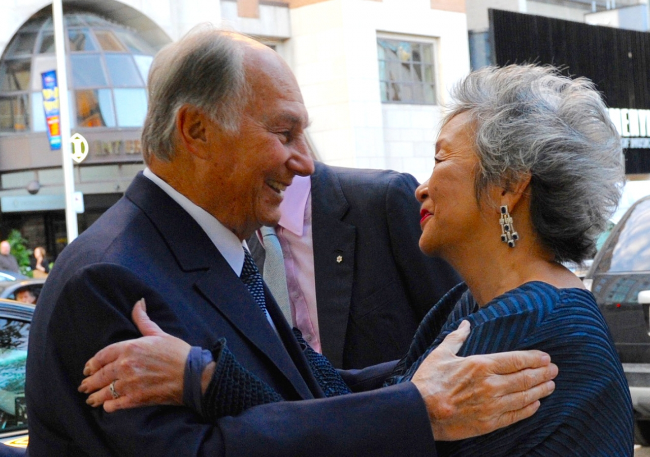 Mawlana Hazar Imam is received by Adrienne Clarkson upon his arrival at Koerner Hall in Toronto. Lisa Sakulensky