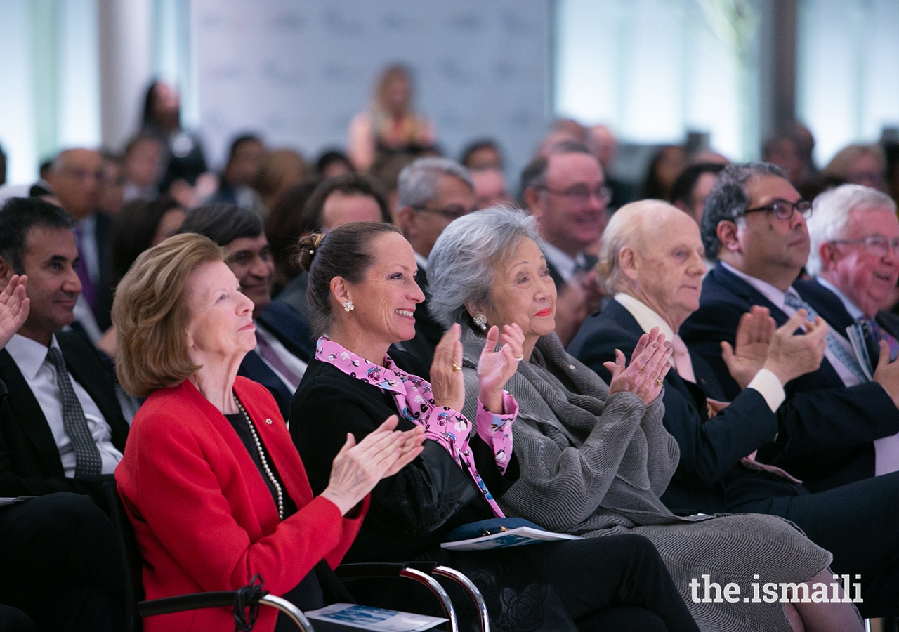 (From left to right, seated in front row) Global Centre for Pluralism Board Members Huguette Labelle, Princess Zahra and The Right Honourable Adrienne Clarkson seated beside John Ralston Saul, Award Jury Member Mayor Naheed Nenshi and Award Jury Chair The Right Honourable Joe Clark.