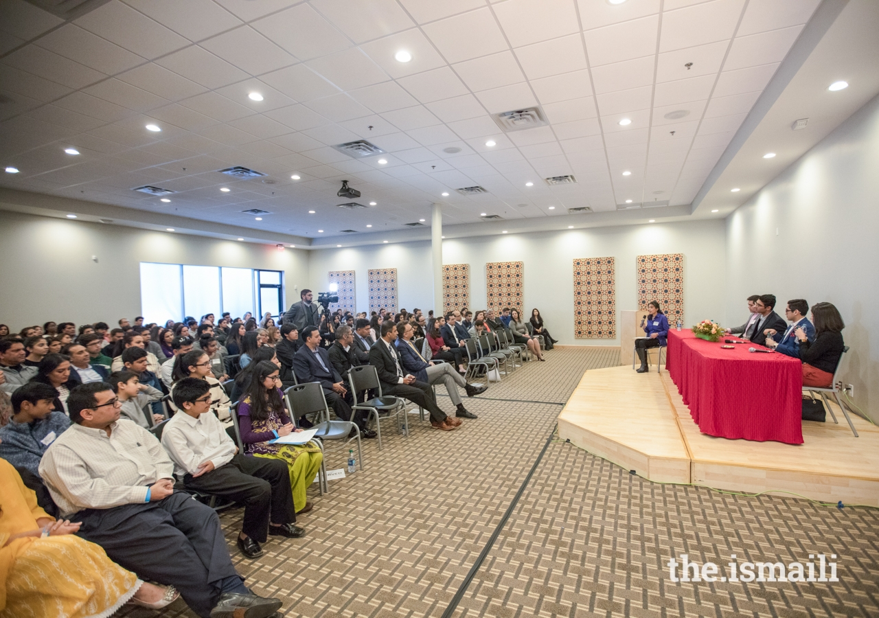 Aliya Bhatia, a Harvard Kennedy School graduate, moderated the Ivy League alumni panel, attended by high school students and their parents.