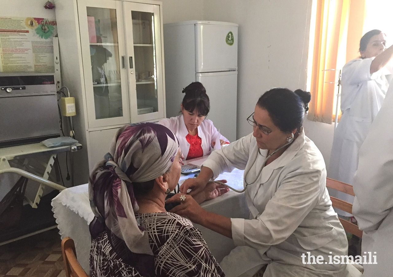 Ismaili health professionals from the US trained doctors in Khorog on heart disease. Here, a doctor checks a patient's blood pressure.