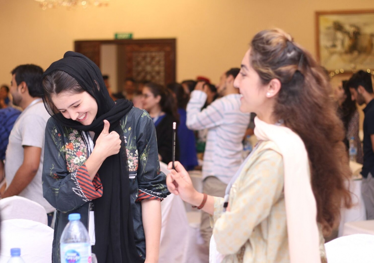 Young leaders in a team building exercise at the Ra'id conference