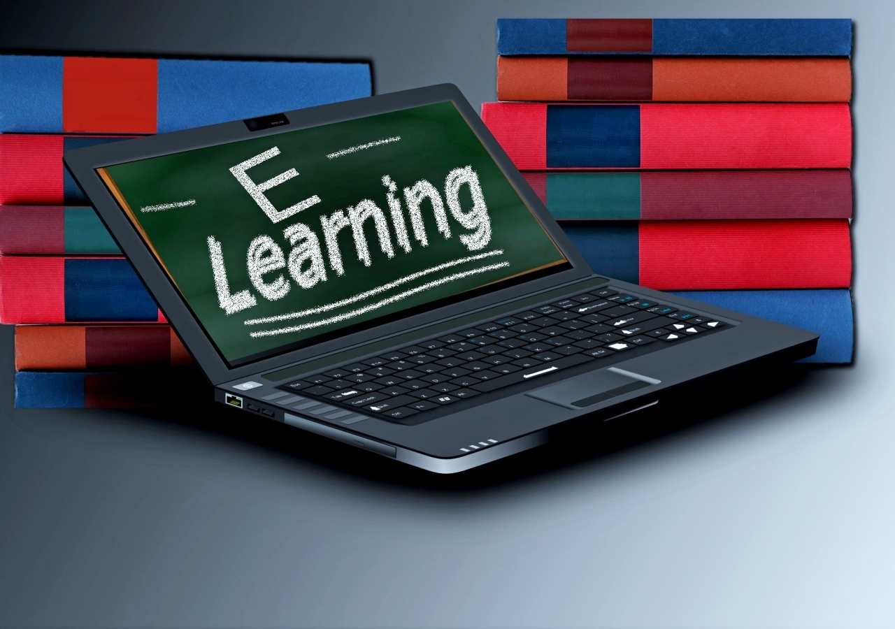 Online learning courses offer most people a cost-effective and practical way to continue their education and to upgrade their skills.