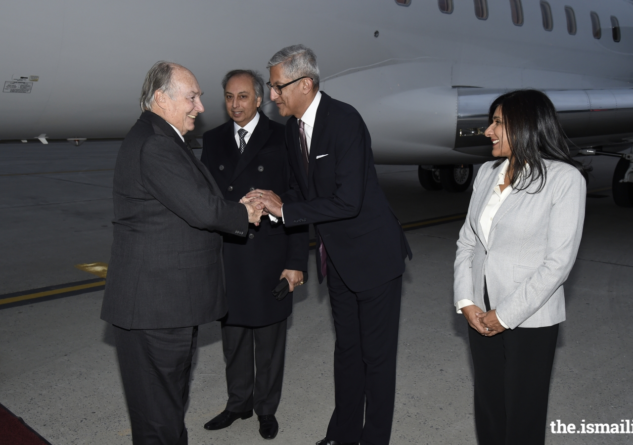 Mawlana Hazar Imam is received by AKDN Resident Representative for Canada Dr Mahmoud Eboo, President Malik Talib and Vice-President Karima Karmali of the Ismaili Council for Canada upon his arrival in Ottawa.