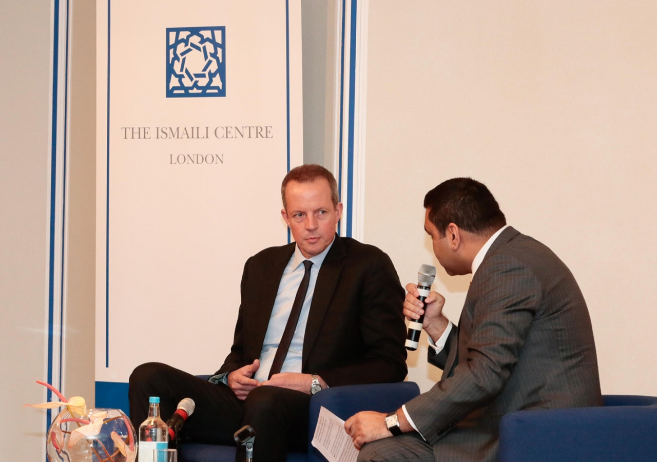 Nick Boles, MP discusses the new National Living Wage initiative at the Ismaili Centre, London. Ismaili Council for the UK / Farhan Suchak and Sarfaraj Khorasi