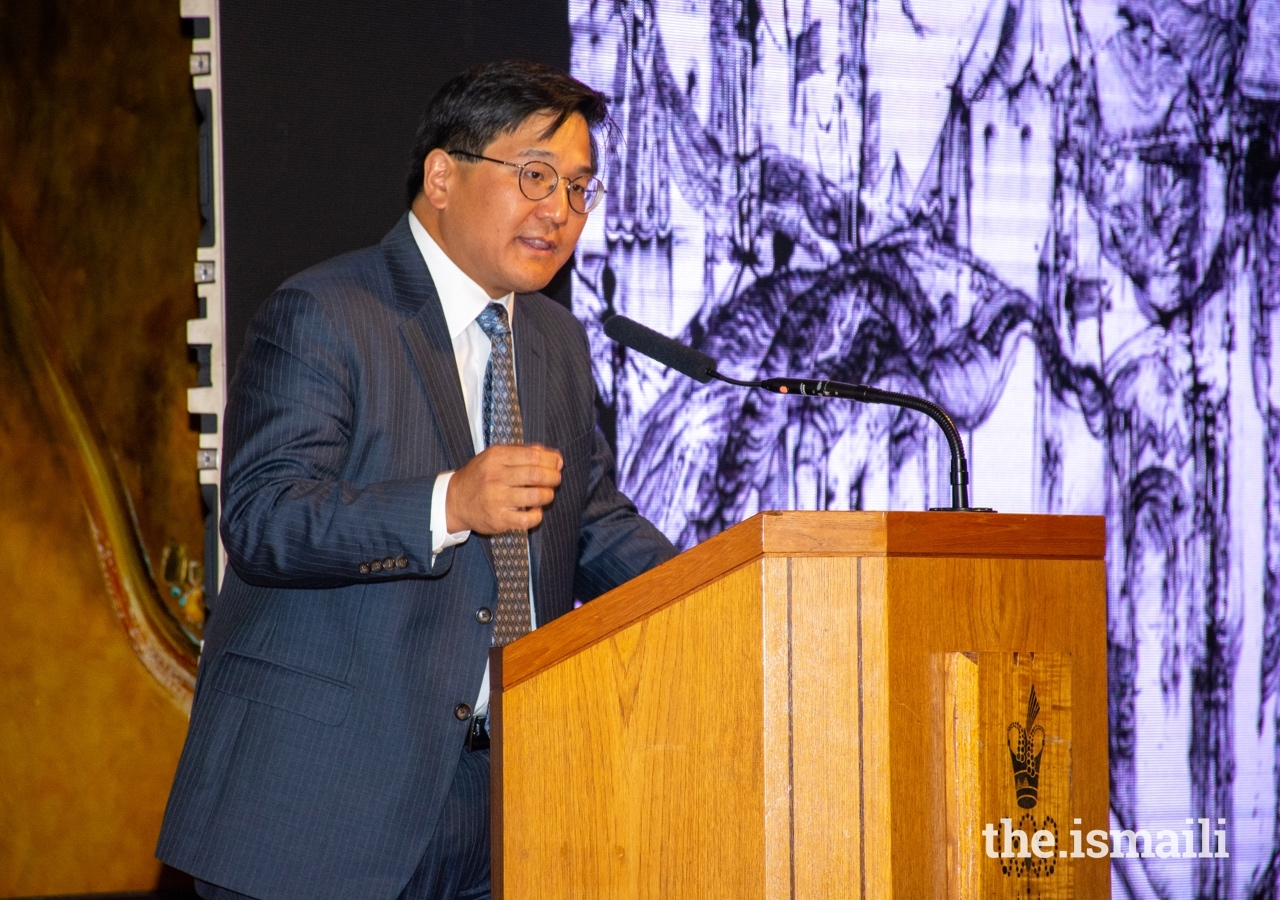 Dr Henry Kim, Director and CEO of the Aga Khan Museum addresses guests at the Ismaili Centre, London.