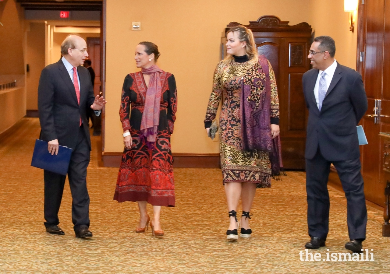 David W. Leebron, President of Rice University, in conversation with Princess Zahra, Miss Sara Boyden, and President Al-Karim Alidina of the Ismaili Council for the USA, at the Asia Society Award Dinner.