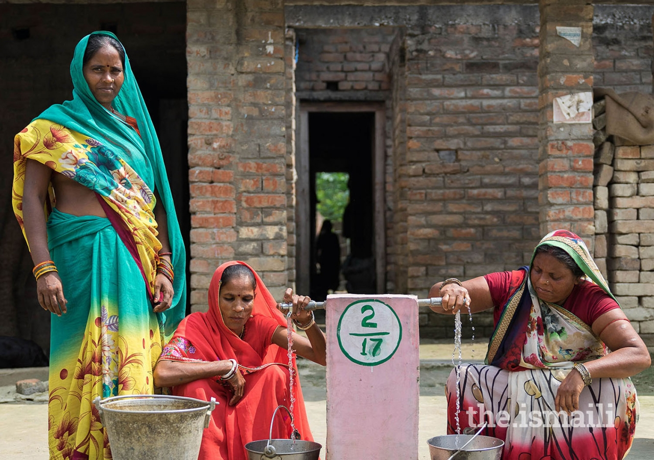 Community-managed drinking water schemes promoted by the Programme focus on both quality and access aspects of drinking water.