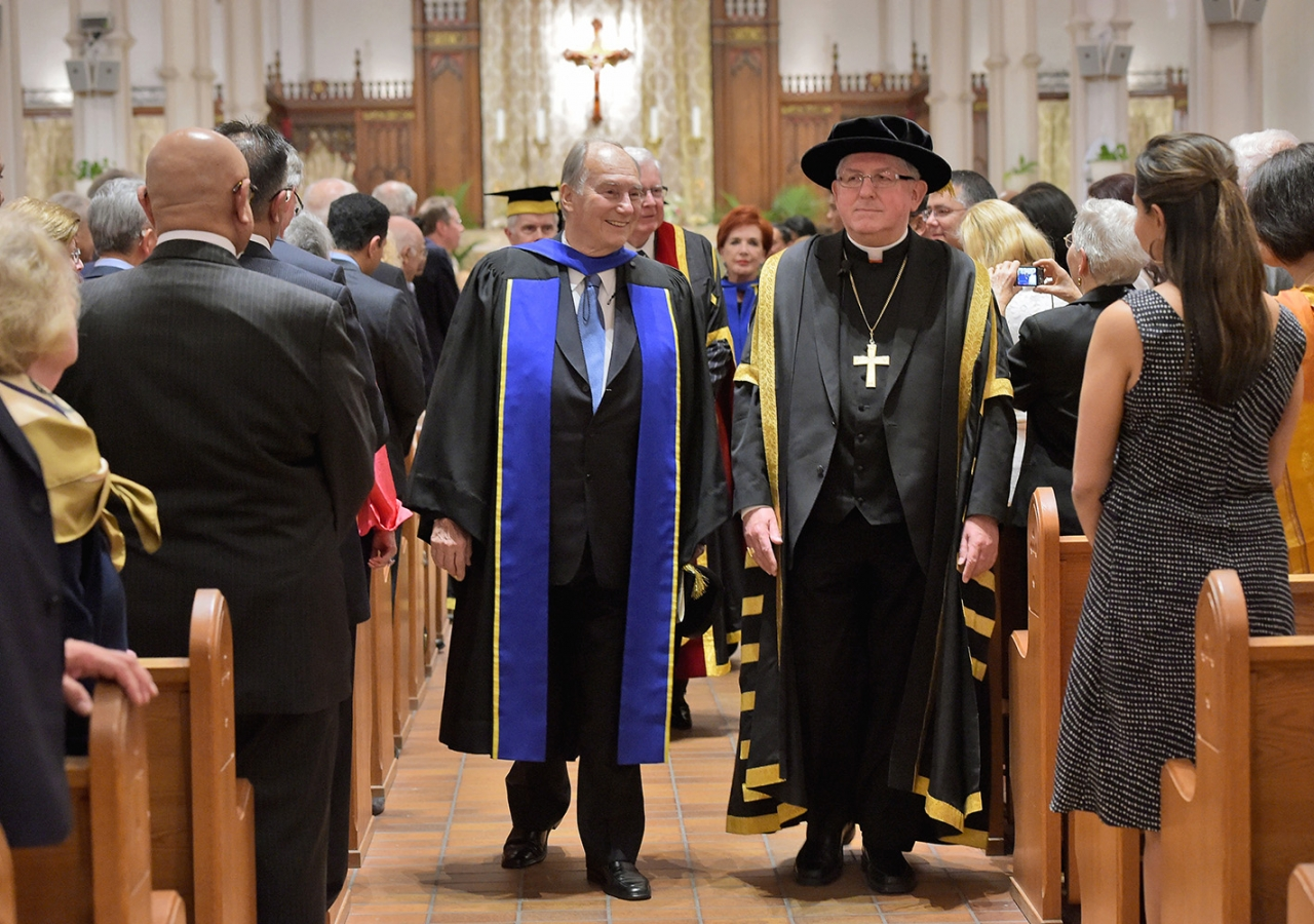 At the conclusion of the ceremony, Mawlana Hazar Imam and the Chancellor of the Institute, His Eminence Thomas Cardinal Collins, Archbishop of Toronto depart the convocation at St Basil's Collegiate Church. Zahur Ramji