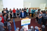 Mayor Falconer addresses the volunteers present at the I-CERV Day of Service.