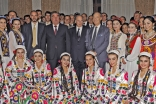 Mawlana Hazar Imam, President Rahmon, Prince Amyn and Prince Rahim together with artists who performed during a dinner hosted by the President in honour of Hazar Imam's visit to Tajikistan.