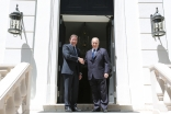 Prime Minister Pedro Passos Coelho greets Mawlana Hazar Imam at the entrance to the Portuguese Prime Minister's official residence.