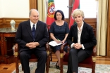 Mawlana Hazar Imam meets with the President of the Assembly of the Republic, Maria Assunção Esteves.