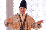 Mawlana Hazar Imam addresses the Jamat at the Diamond Jubilee Darbar in Paris.
