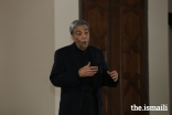 """The master orator Zia Mohyeddin performing, """"Why is Shakespeare Shakespeare?"""""""