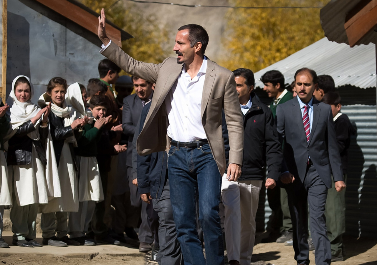Prince Rahim bids farewell to students and teachers of the Diamond Jubilee Primary School Bilhanz, operated by the Aga Khan Education Services (AKES), and the adjacent community-managed middle and secondary school in the village of Bilhanz located in Immit, Ishkoman Valley, Ghizer District in Gilgit-Baltistan.
