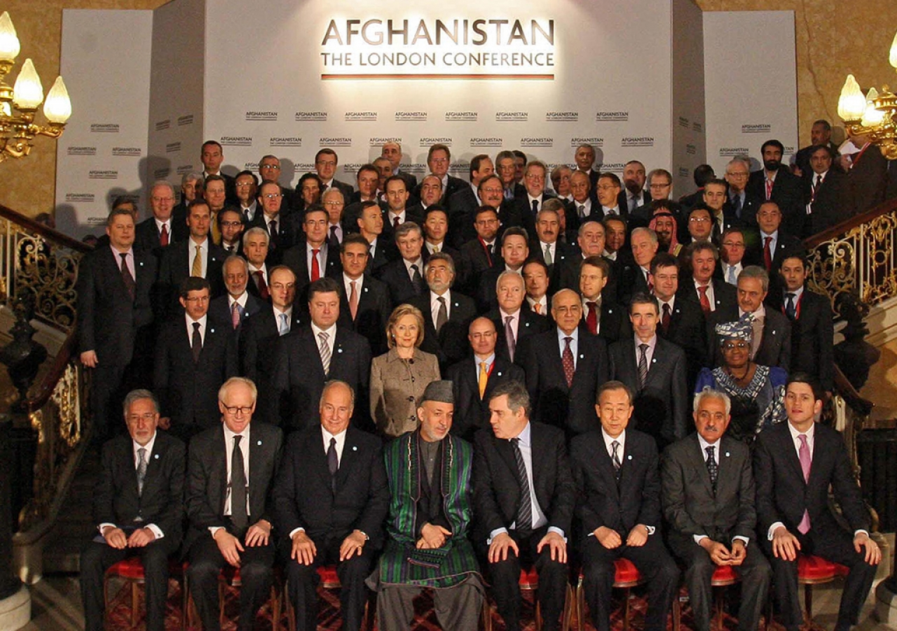 Mawlana Hazar Imam with world leaders at the London Conference on Afghanistan. First row, from L to R : Zalmai Rassoul, incoming Afghan Foreign Minister ; Kai Eide, United Nations Special Representative to Afghanistan ; Mawlana Hazar Imam ; Hamid Karzaï, President of Afghanistan ; Gordon Brown, United Kingdom Prime Minister ; Ban Ki-moon, United Nations Secretary-General ; Rangin Dadfar Spanta, incumbent Afghan Foreign Minister ; British Foreign Secretary David Miliband. London, 28 January 2010.